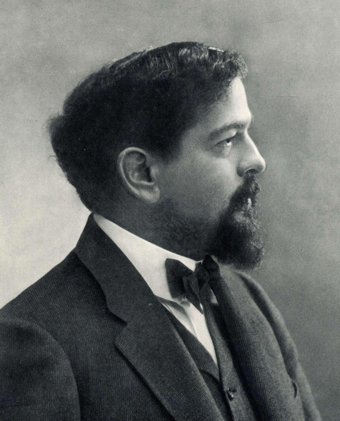 Claude Debussy nel celebre ritratto scattato da Nadar nel 1905